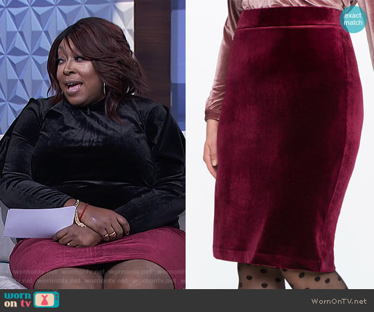 Velvet Pencil Skirt by Eloquii worn by Loni Love on The Real