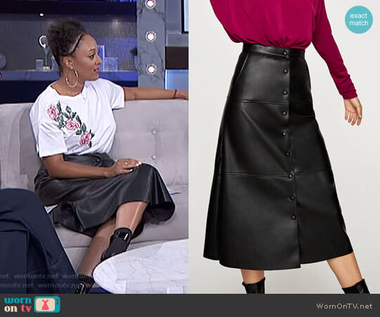 Faux Leather Midi Skirt by Zara worn by Tamera Mowry (Tamera Mowry) on The Real