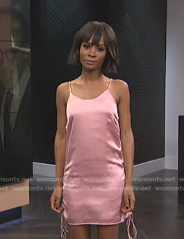 Zuri's pink ruched side satin dress on E! News