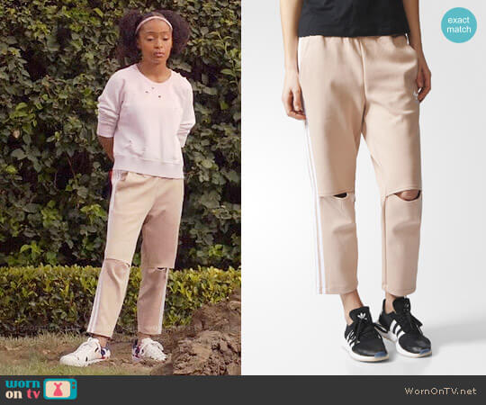 Adidas Originals Three Stripe Sweat Pants With Slit Knees worn by Yara Shahidi on Blackish