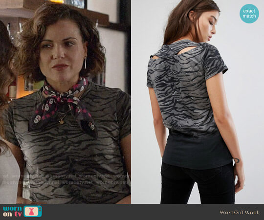 All Saints Sweat T-Shirt in Tiger Print worn by Lana Parrilla on OUAT