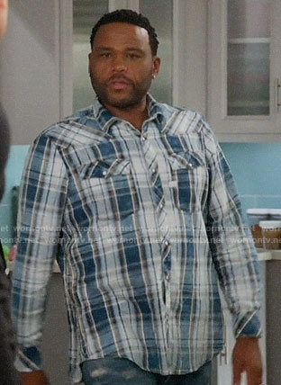 Andre's blue plaid shirt on Black-ish