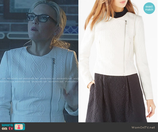 'Bradlee' Jacket by Bcbgmaxazria worn by Linda Martin (Rachael Harris) on Lucifer