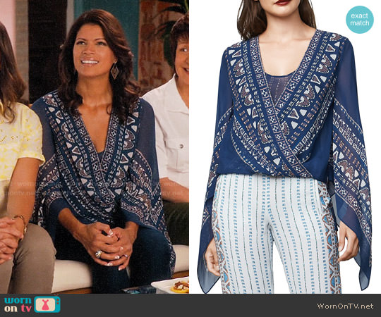 Bcbgmaxazria Kasia Top worn by Andrea Navedo on Jane the Virgin