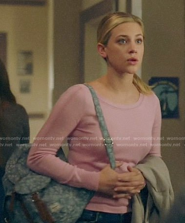 Betty's pink long sleeved top on Riverdale
