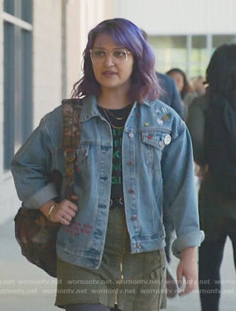 Gert's do not disturb denim jacket on Marvel's Runaways
