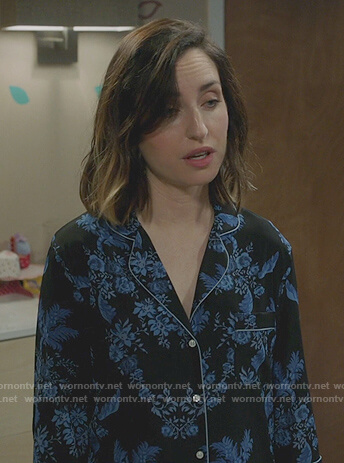Jen's blue print pajamas on Life in Pieces