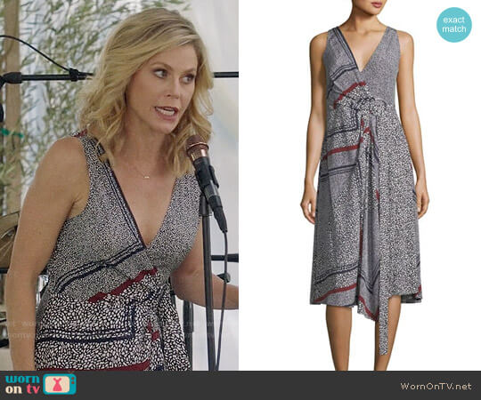 Derek Lam 10 Crosby Print Pleated Silk Wrap Dress worn by Julie Bowen on Modern Family