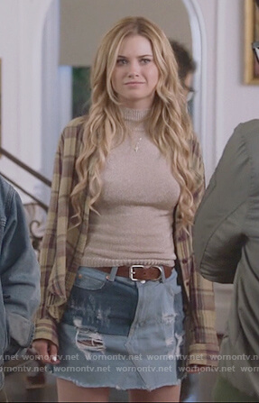 Karolina's metallic high neck top and patch denim mini skirt  on Marvel's Runaways