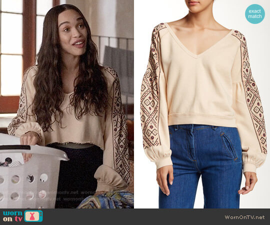 Free People Senorita Pullover worn by Erica Dundee (Cleopatra Coleman) on Last Man On Earth