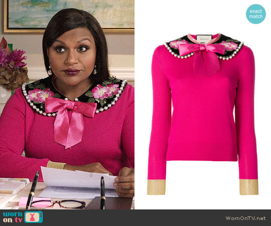 Gucci Peter Pan Collar Cashmere Sweater worn by Mindy Lahiri (Mindy Kaling) on The Mindy Project