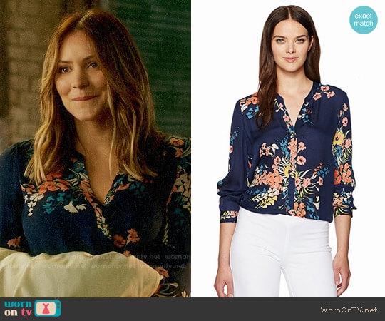 Joie Devitri Floral Blouse worn by Paige Dineen (Katharine McPhee) on Scorpion