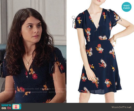 Madewell Cactus Flower Silk Dress worn by Sabrina Pemberton (Sofia Black D'Elia) on The Mick