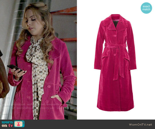 Marc Jacobs Pink Velvet Coat worn by Elizabeth Gillies on Dynasty
