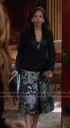Olivia's paisley dress on Scandal