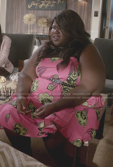 Becky's pink print waist tie dress on Empire