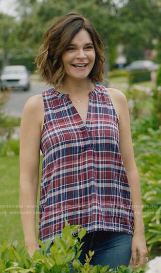 Heather's sleeveless plaid top on Life in Pieces