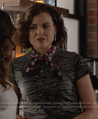 Roni's tiger stripe print t-shirt and black and pink skull print scarf on Once Upon a Time