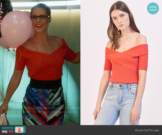 Sandro Galina Off-The-Shoulder Sweater worn by Felicity Smoak (Emily Bett Rickards) on The Flash