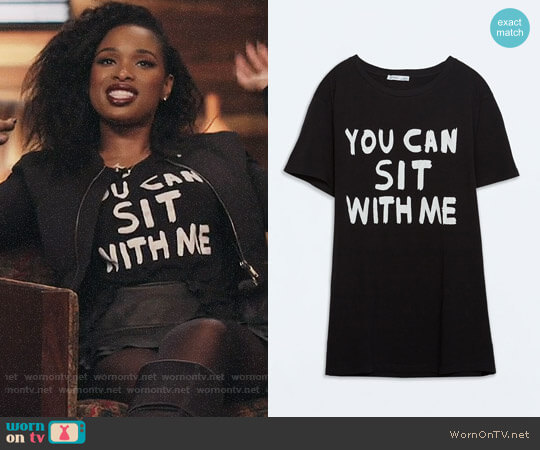 Zara Text T-shirt worn by Jennifer Hudson on The Voice