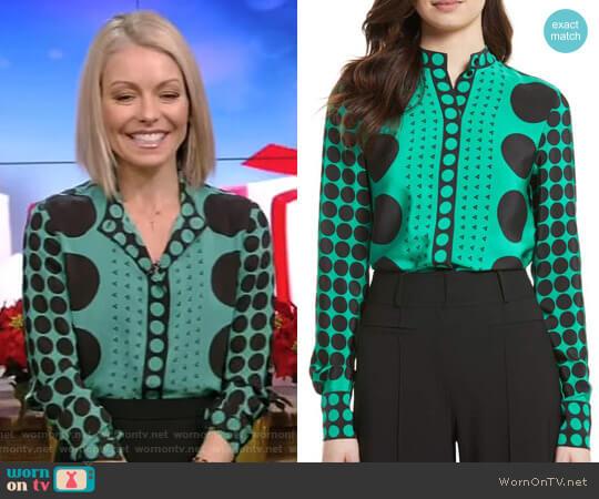 Print Silk Blouse by Diane von Furstenberg worn by Kelly Ripa on Live with Kelly & Ryan
