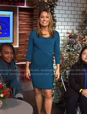 Ginger's green ruched front maternity dress on Good Morning America