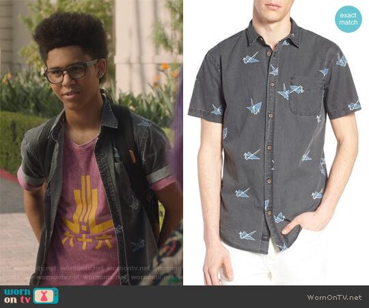 Black Paper Cranes Short Sleeve Shirt by Globe worn by Rhenzy Feliz on Marvels Runaways