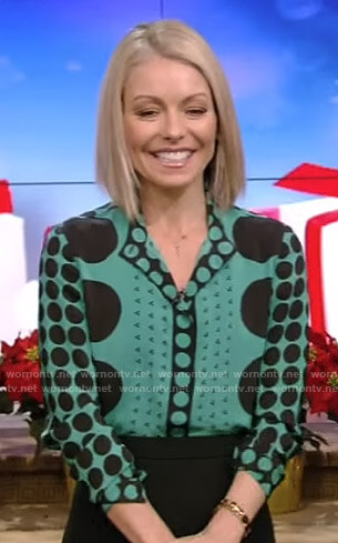 Kelly's green dot print blouse on Live with Kelly and Ryan
