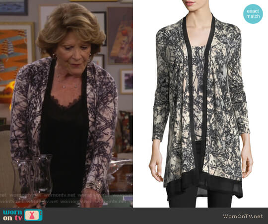 Burst-Print Open Cashmere Cardigan by Neiman Marcus Cashmere Collection worn by Linda Lavin on 9JKL
