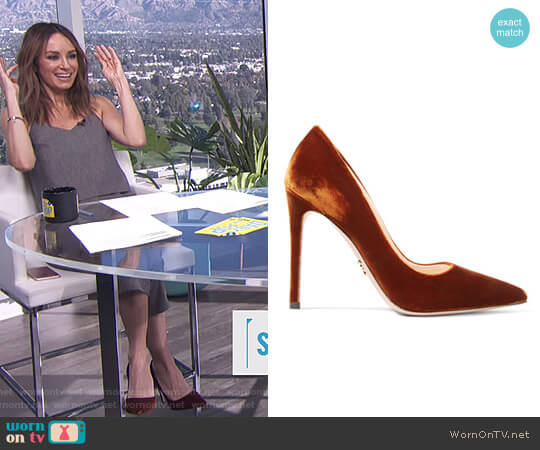 Velvet pumps by Prada worn by Catt Sadler  on E! News