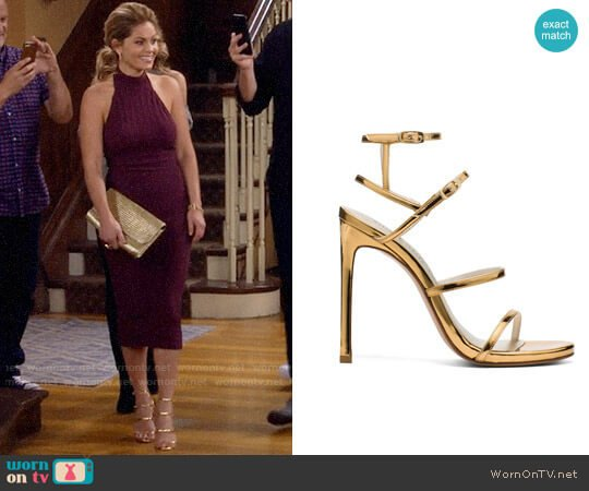 Stuart Weitzman Courtesan Sandals worn by Candace Cameron Bure on Fuller House