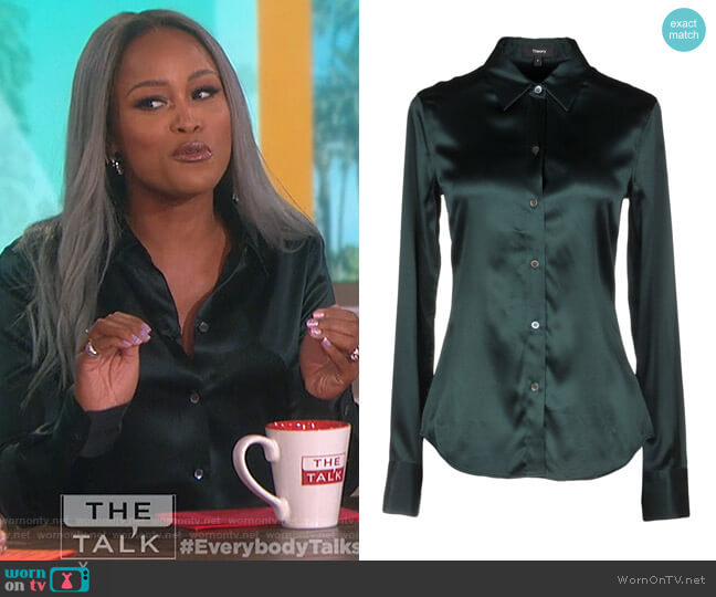 Perfect Fitted Stretch Satin Shirt by Theory worn by Eve  on The Talk