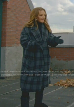 Vanessa's grey plaid coat on Kevin Can Wait