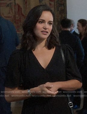 Amy's black short sleeve dress on Brooklyn Nine-Nine