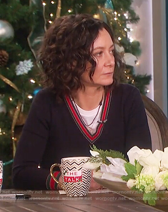 Sara's blue knitted sweater on The Talk