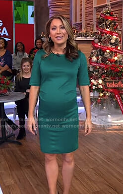 Ginger's green short sleeve maternity dress on Good Morning America