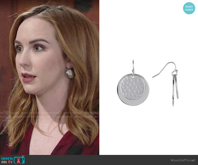 Halogen Hammered Metal Double Disc Earrings worn by Mariah Copeland (Camryn Grimes) on The Young & the Restless