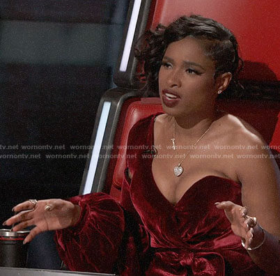 Jennifer Hudson's red velvet one-sleeve dress on The Voice