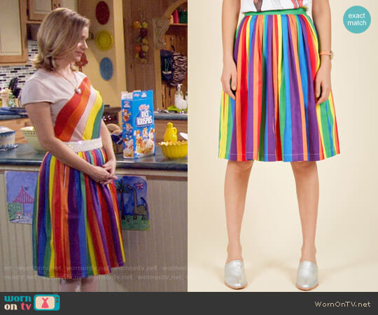 ModCloth Aspiration Creation A-Line Skirt in Vibrant worn by Kimmy Gibbler (Andrea Barber) on Fuller House