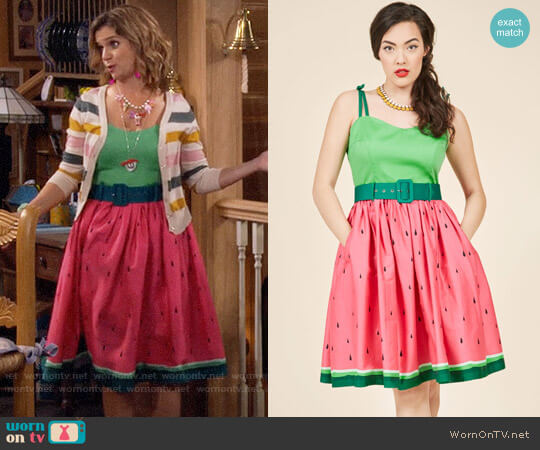 ModCloth Collectif Abide by Timeless Fit and Flare Dress in Watermelon worn by Andrea Barber on Fuller House