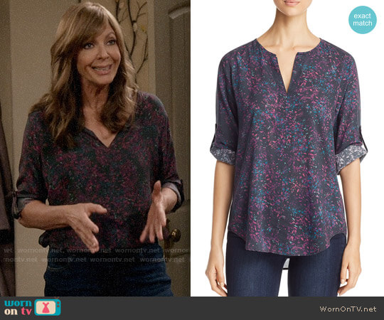 Side Stitch Floral Print Roll Tab Top worn by Allison Janney on Mom