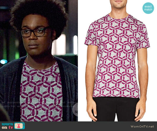 Ted Baker Mitch Hexagon Print Tee worn by Echo Kellum on Arrow