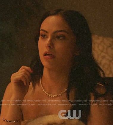 Veronica's pearl necklace and black bangle on Riverdale