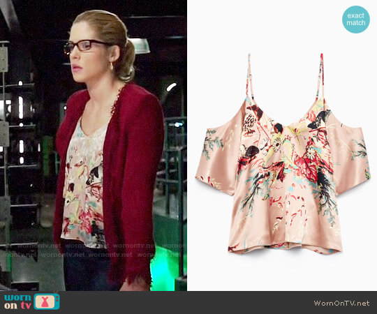 Wilfred Draveil Blouse worn by Emily Bett Rickards on Arrow