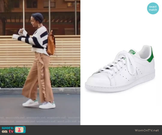 Stan Smith Classic Sneaker by Adidas worn by Zoey Johnson (Yara Shahidi) on Grown-ish
