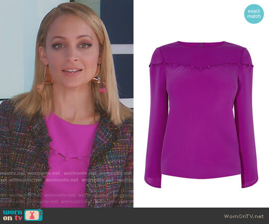 Button Detail Blouse by Karen Millen worn by Nicole Richie on Great News