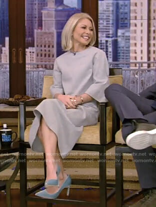 Kelly's grey top and ruched skirt on Live with Kelly and Ryan