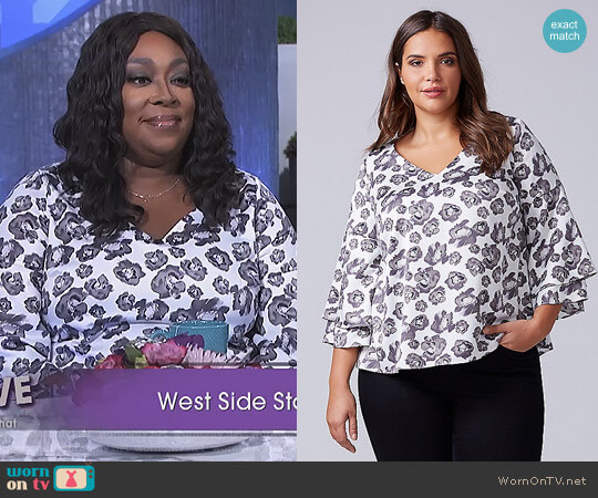 Printed Kimono Sleeve Top by Lane Bryant worn by Loni Love on The Real