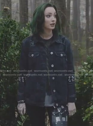 Lorna's black denim jacket with rings on The Gifted