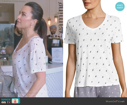 Boxy V-neck Tee by Monrow worn by Kyle Richards  on The Real Housewives of Beverly Hills
